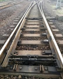 混凝土岔枕60钢轨9号单开道岔(SC390C)