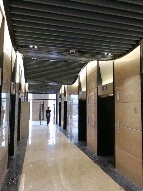 韩国料理店铝方通 星巴克吊顶铝方通 门头铝方通