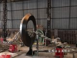 哈尔滨景观雕塑不锈钢青古铜圆环小鱼雕塑厂家