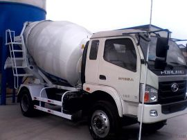 混凝土搅拌运输车3立方,液压驱动、风冷式散热器,品牌:亿立