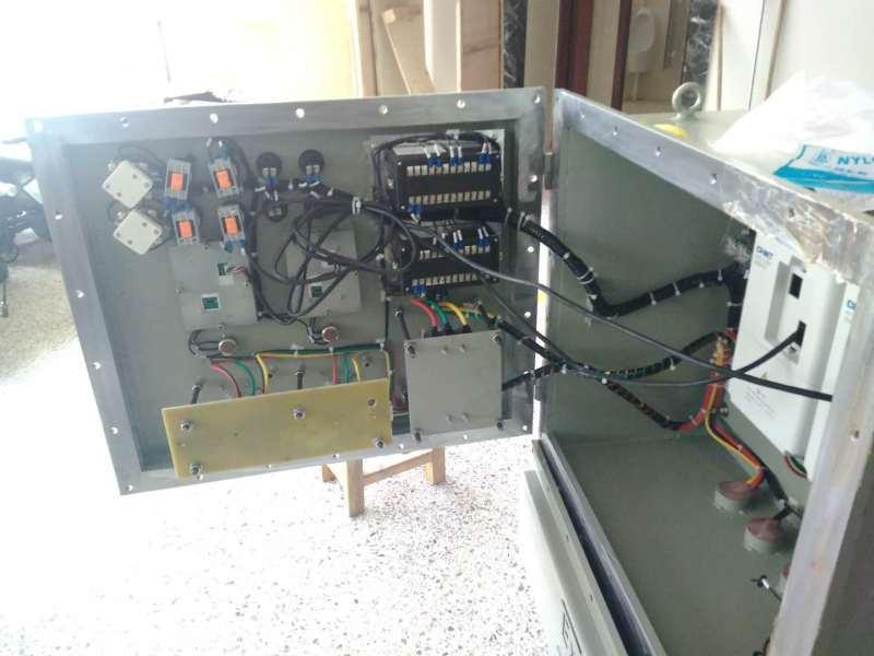 室外防雨水明裝控制箱,室外防雨水明裝控制箱價格,室外防雨水明裝控制箱廠家