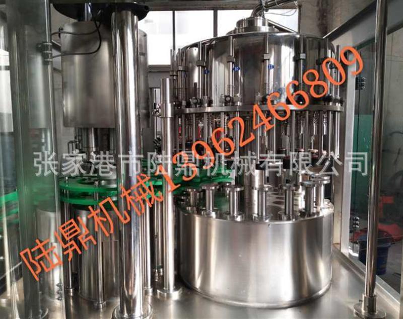 玻璃瓶不含气饮料灌装机 玻璃瓶长压灌装机 果汁灌装机