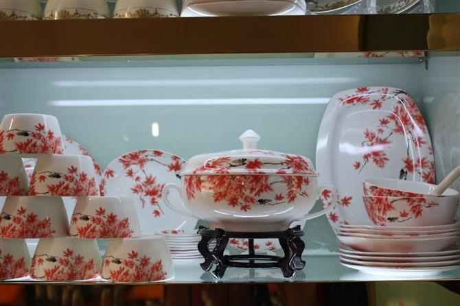 陶瓷餐具订做价格 景德镇餐具生产厂家 批发陶瓷餐具价格