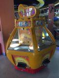 大型推幣遊戲機室內黃金堡圖片廣州遊戲機廠家推幣機廠家