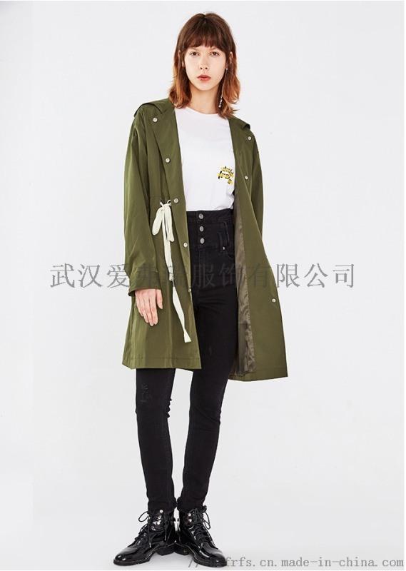 女装折扣网千百惠19年春装新款风衣外套