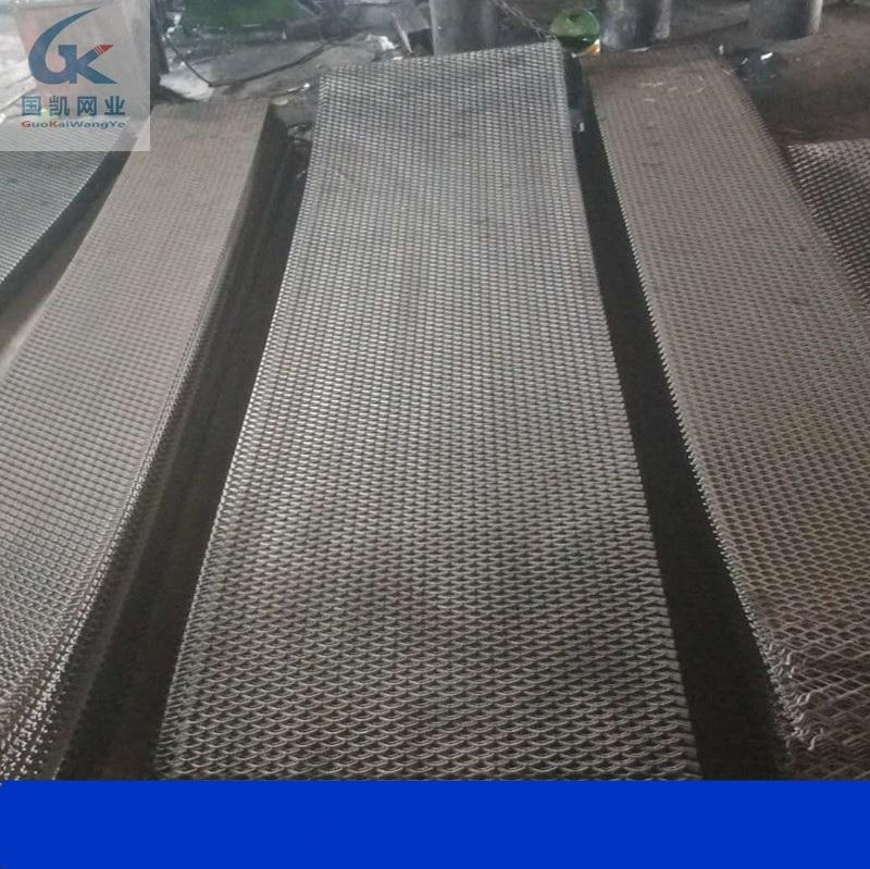 国凯丝网 涮漆走道板  建筑脚踏板 钢笆片厂家
