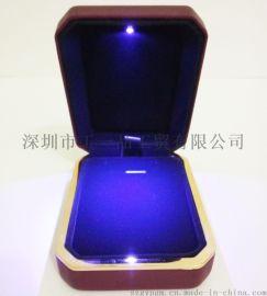 经典 高端吊坠盒 **LED灯PU首饰盒盒 精品定制礼品盒