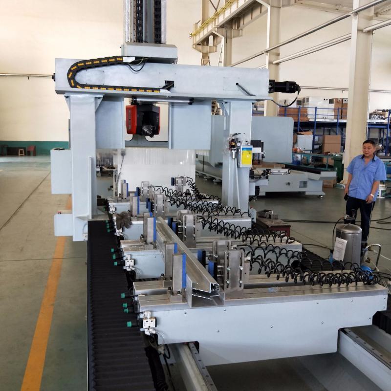 航空维修工作梯加工设备工业铝数控加工设备