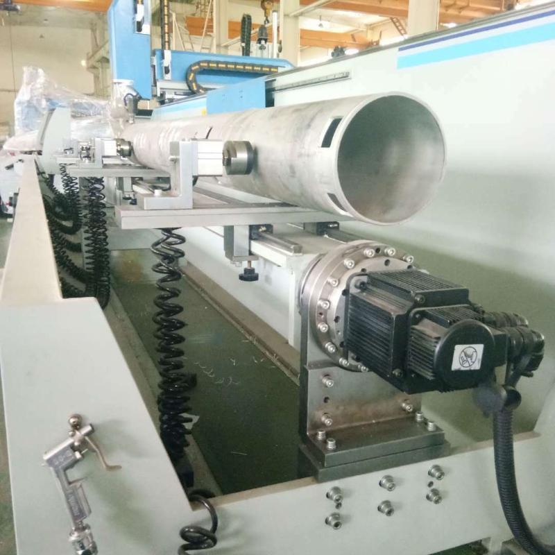 铝型材四轴加工中心太阳能光伏加工设备