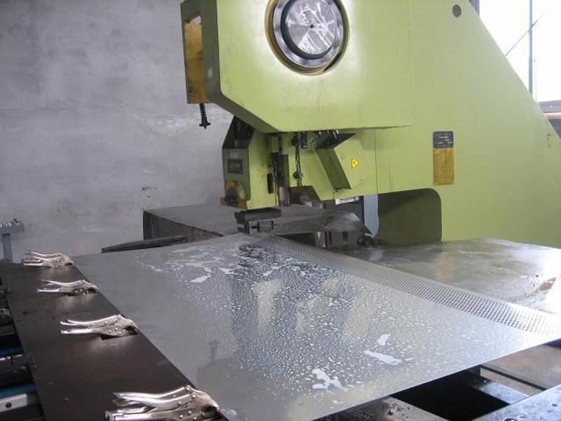 高陵不锈钢百叶孔供应商批发价钱