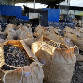 鹅卵石滤料_4mm鹅卵石滤料价格_天然厂家批发。
