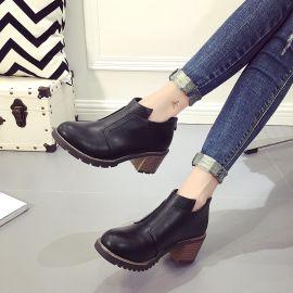 2015秋冬新款斜拉链马丁靴女短靴粗跟防水台圆头裸靴子