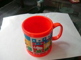 pvc软胶硅橡胶微量射出动物元素防滑防烫马克杯套