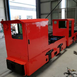 1.5T架线式工矿电机车