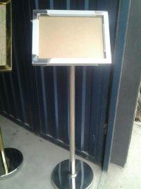 石家庄不锈钢指示牌不锈钢A3型号指示牌厂家特价批发不锈钢指示牌