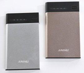 超薄铝合金外壳聚合物电池移动电源,USB输出接口,金色