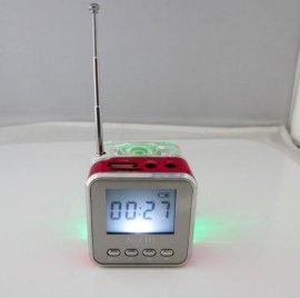 TT028便携式亚克力水晶发光插卡音箱
