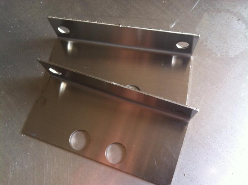 黃龍縣生產不鏽鋼邊框折彎價格是多少【價格電議】