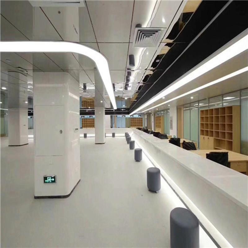 包柱铝单板定制机构装饰材料银灰色包柱氟碳铝单板