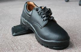 穿着防静电鞋还有这些讲究