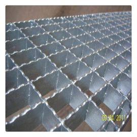 河北13年钢格板老厂供应齿形镀锌防滑网格板 钢格板踏步板发货快