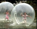水上步行球兒童健身拓展水上運動圓形步行球氣模廠家
