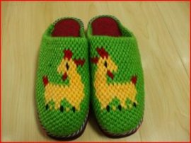 手工钩织拖鞋