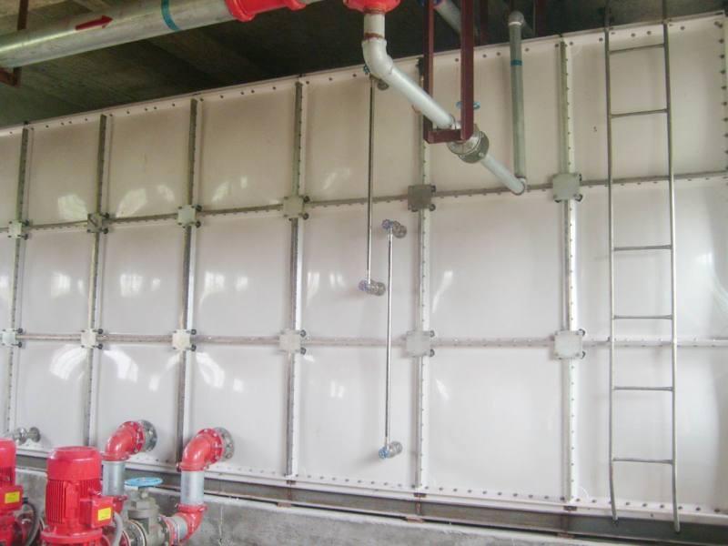 整体玻璃钢水箱不锈钢顶楼水箱耐老化