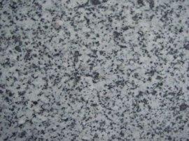 保定阜平石材,中三花石材,黑白点火烧板,石材加工安装