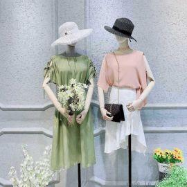 女装马甲爱欧雅女装尾货货源女式羽绒服女装品牌折扣店加盟