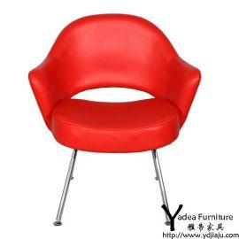 沙里宁扶手椅 红色椅子 真皮椅子