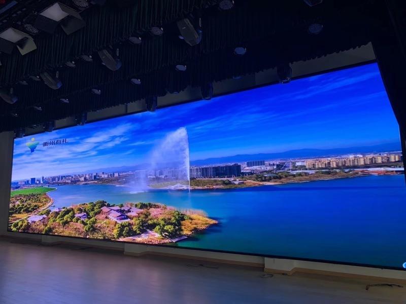 室内LED大型幕墙 P2.5全彩大屏电视幕墙
