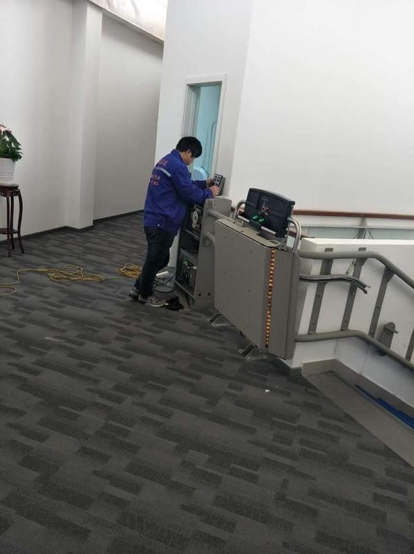 无障碍升降梯残疾人斜挂电梯智能爬楼升降设备