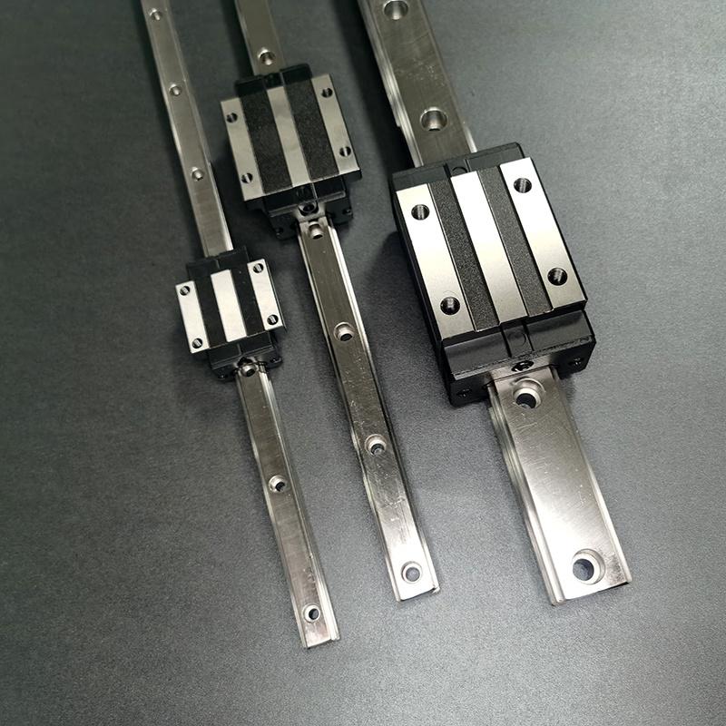 导轨厂家定制4米机器人直线导轨轴承钢材质
