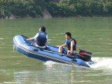 皮划艇圖片 橡皮艇漂流船 旅遊景區漂流船供應商
