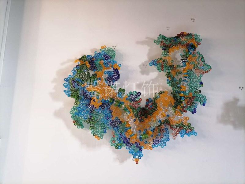非标工程灯定制 装置艺术品定制 栩栩如生的壁饰