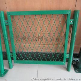 专业生产菱形孔防眩护栏网 钢格板网护栏 镀锌护栏网