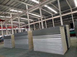 上海聚氨酯夹芯板 彩钢聚氨酯保温板 PU夹芯板