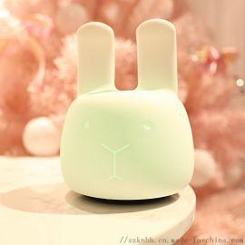 萌兔卡通兔子硅膠燈七彩拍拍燈usb充電安哥拉兔臺燈
