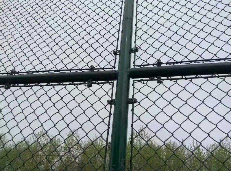 雙赫廠家供應濟寧學校專用鐵網圍欄