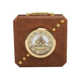 現代簡約正方形棕色皮革金屬鍾表擺件時鍾座鍾擺臺樣板間擺件掛飾
