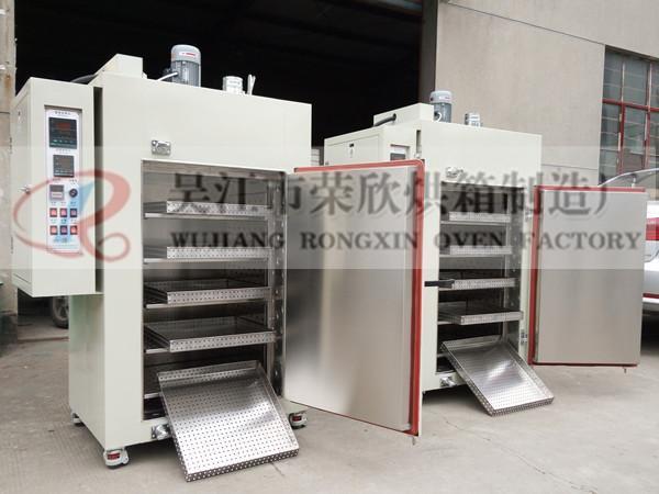 印刷行业印制板烘箱,油墨固化烘箱,量多从优。