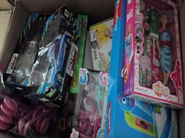 澄海儿童玩具批发 称斤儿童玩具 库存积压好玩具一箱起批