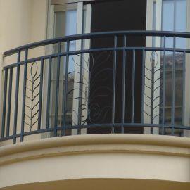 锌钢阳台护栏多少钱1米 方管阳台护栏