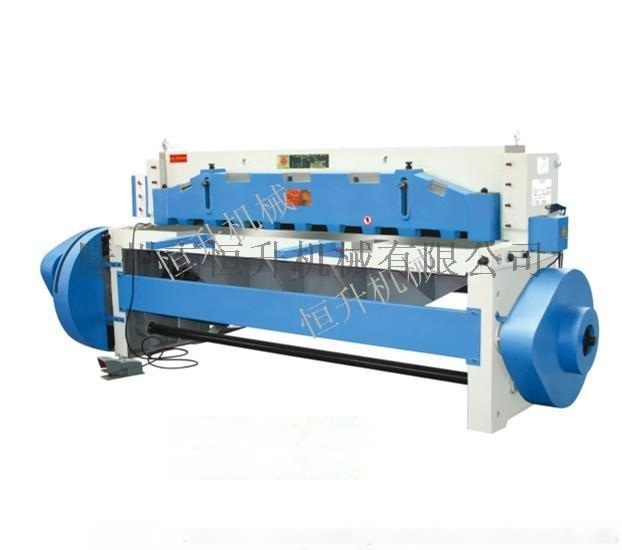 QB11-4×2500機械剪板機