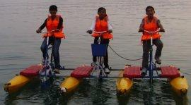 供应海德龙水上休闲游乐三人水上自行车设备