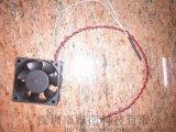 供應4-12公分溫控風扇,鼓風機,溫控調速軸流風扇