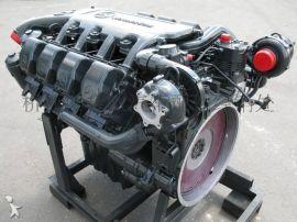 奔驰OM502LA发动机