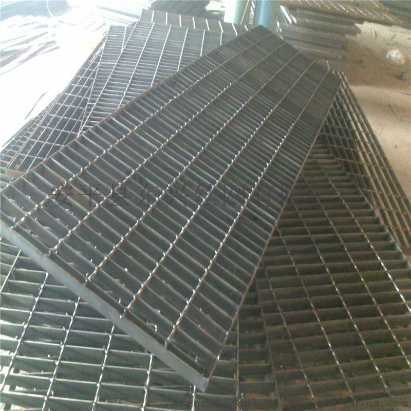 东兴防滑钢结构脚踏板-钢格板-格栅板