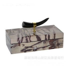 长方形金色牛角首饰盒山水石材纹理木质欧式创意卧室酒店实木摆件